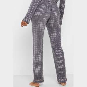 Dorina Esme női pöttyös pizsama alsó