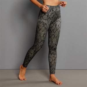 Anita 1696 Sports Massage narancsbőr elleni kígyóbőr mintás fitness leggings