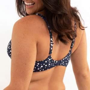 Dorina Cannes nagyméretű pöttyös bikini felső