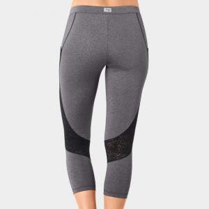 sloggi women move FLY capri fitness leggings